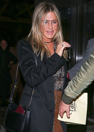 Jennifer Aniston at The Palm Restaurant in Beverly Hills