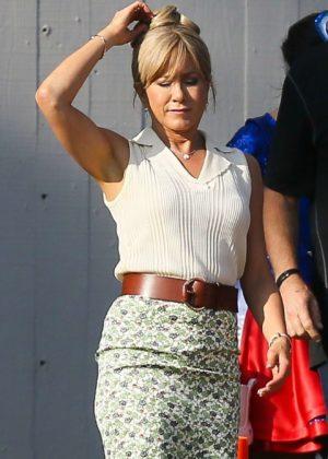 Jennifer Aniston - Filming Dumplin in Atlanta