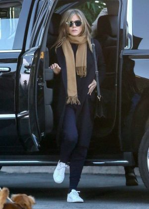 Jennifer Aniston - Filming new show 'The Morning Show' in LA