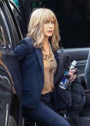 Jennifer Aniston - Filming 'The Yellow Bird' in Atlanta