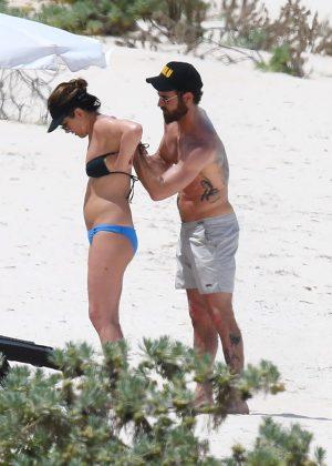 Jennifer Aniston in Bikini 2016 -18