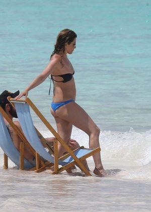 Jennifer Aniston in Bikini 2016 -25
