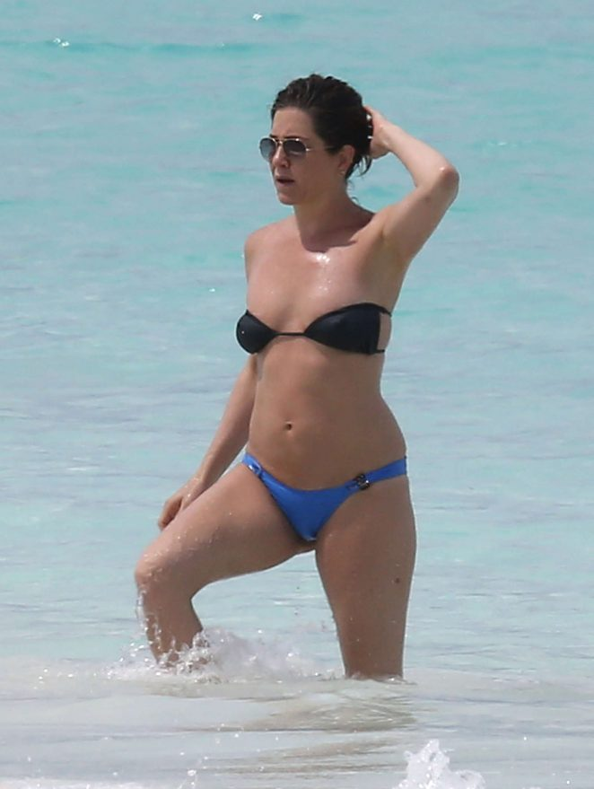 Jennifer Aniston in Bikini on vacation in Bahamas