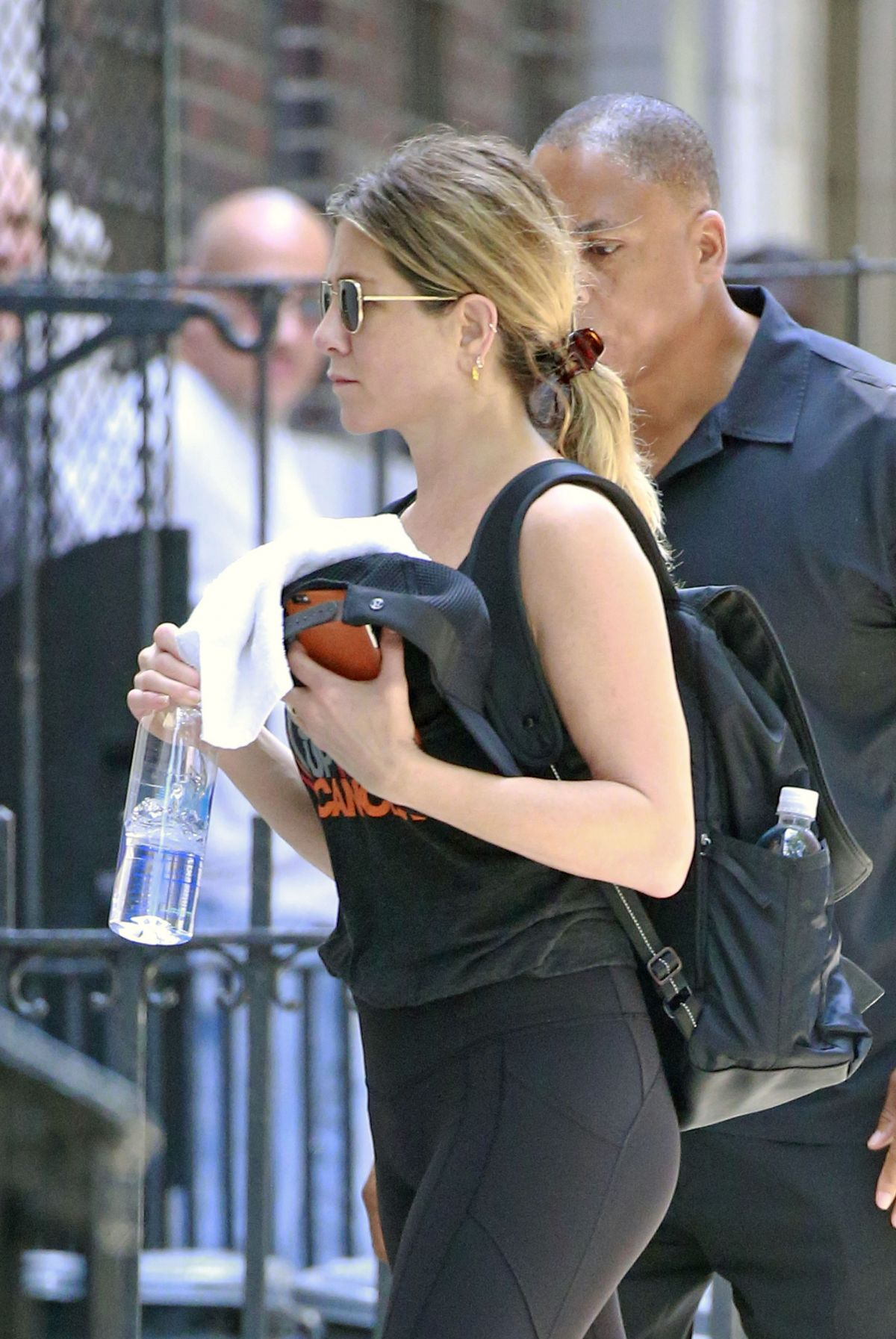 Jennifer Aniston In Spandex 07 Gotceleb
