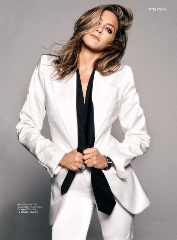 Jennifer Aniston - InStyle Germany Magazine (December 2019)