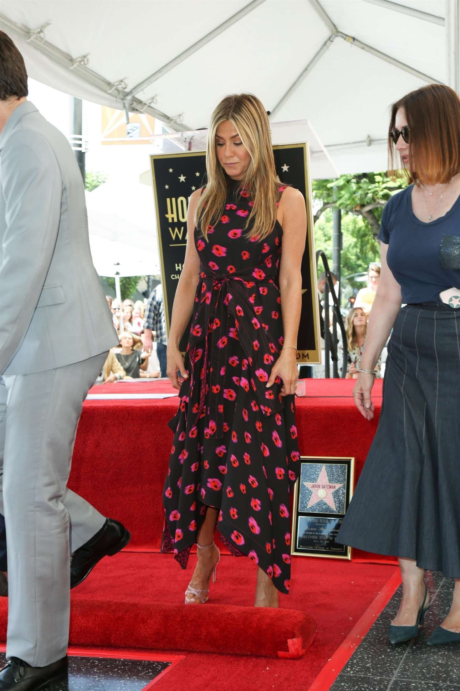 Jennifer Aniston – Jason Bateman Hollywood Walk Of Fame Ceremony in Hollywood   Jennifer-Aniston:-Jason-Bateman-Hollywood-Walk-Of-Fame-Ceremony--18