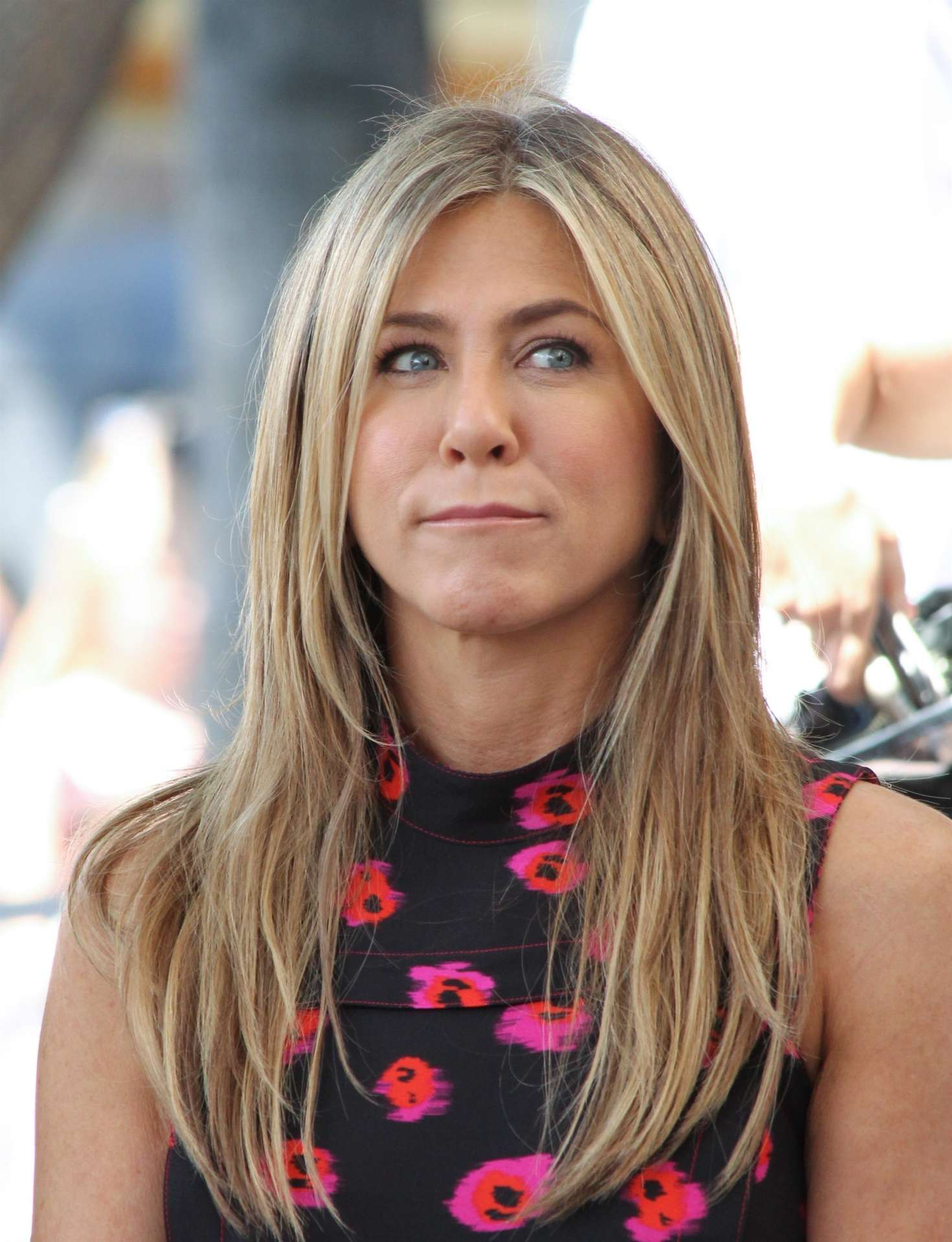 Jennifer Aniston – Jason Bateman Hollywood Walk Of Fame Ceremony in Hollywood   Jennifer-Aniston:-Jason-Bateman-Hollywood-Walk-Of-Fame-Ceremony--26