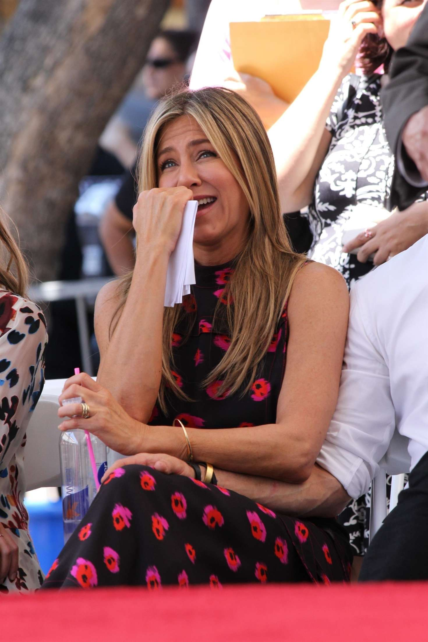 Jennifer Aniston – Jason Bateman Hollywood Walk Of Fame Ceremony in Hollywood   Jennifer-Aniston:-Jason-Bateman-Hollywood-Walk-Of-Fame-Ceremony--40