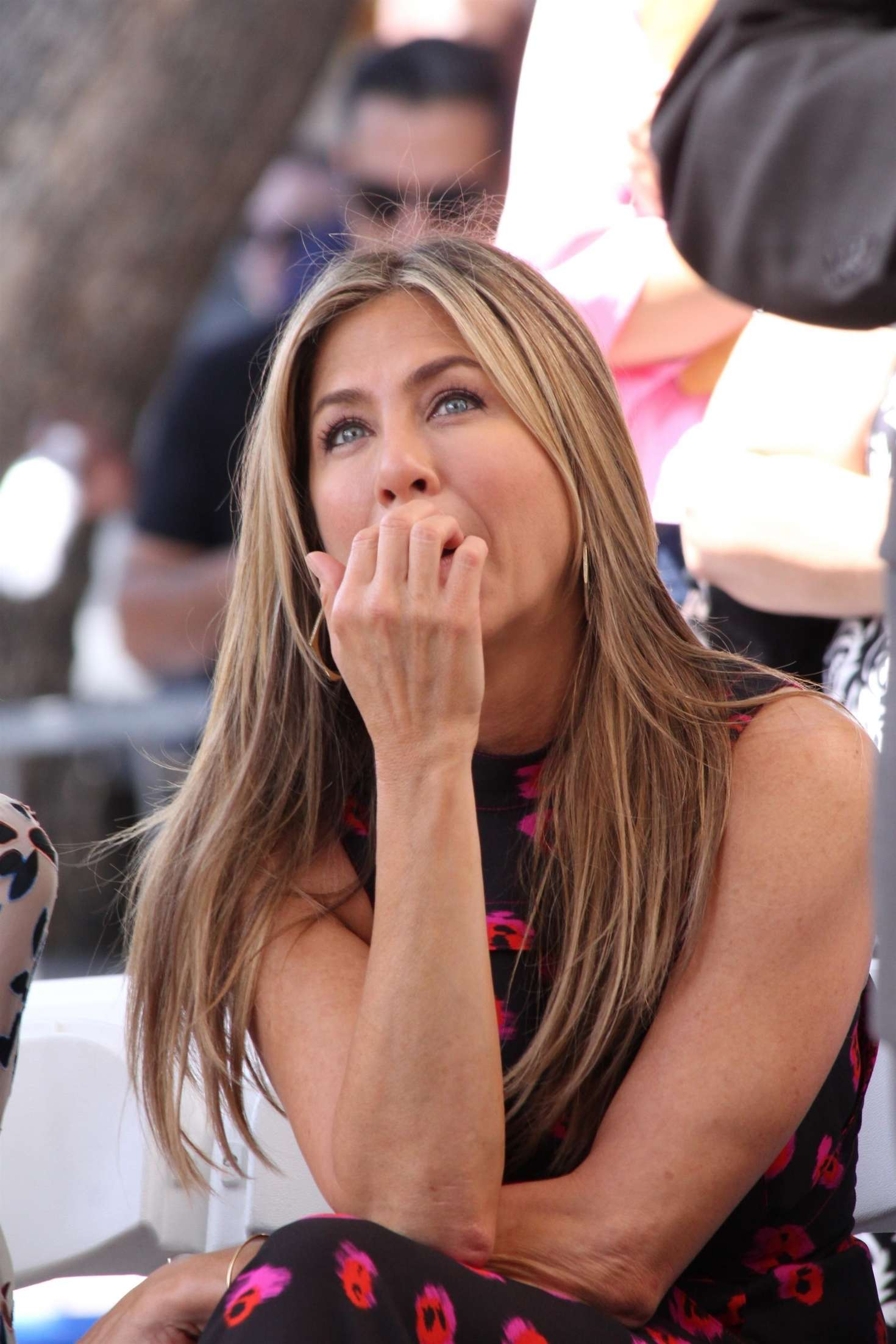 Jennifer Aniston – Jason Bateman Hollywood Walk Of Fame Ceremony in Hollywood   Jennifer-Aniston:-Jason-Bateman-Hollywood-Walk-Of-Fame-Ceremony--42