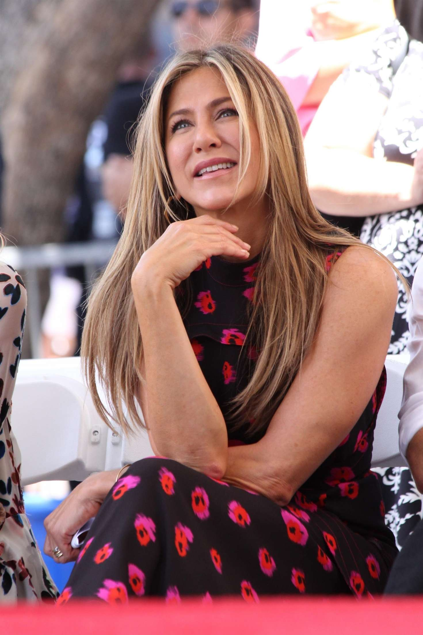 Jennifer Aniston – Jason Bateman Hollywood Walk Of Fame Ceremony in Hollywood   Jennifer-Aniston:-Jason-Bateman-Hollywood-Walk-Of-Fame-Ceremony--43