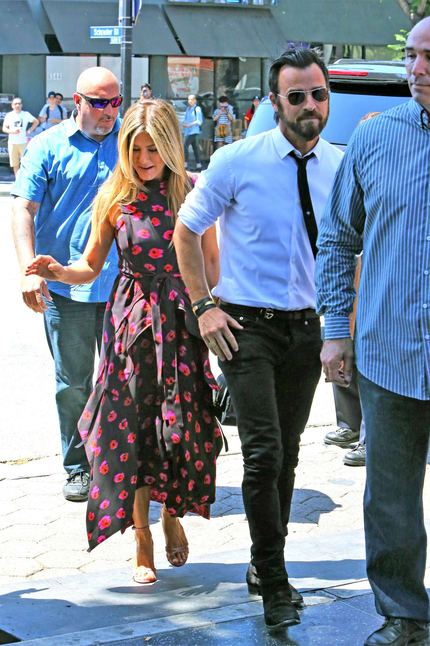 Jennifer Aniston – Jason Bateman Hollywood Walk Of Fame Ceremony in Hollywood   Jennifer-Aniston:-Jason-Bateman-Hollywood-Walk-Of-Fame-Ceremony--44