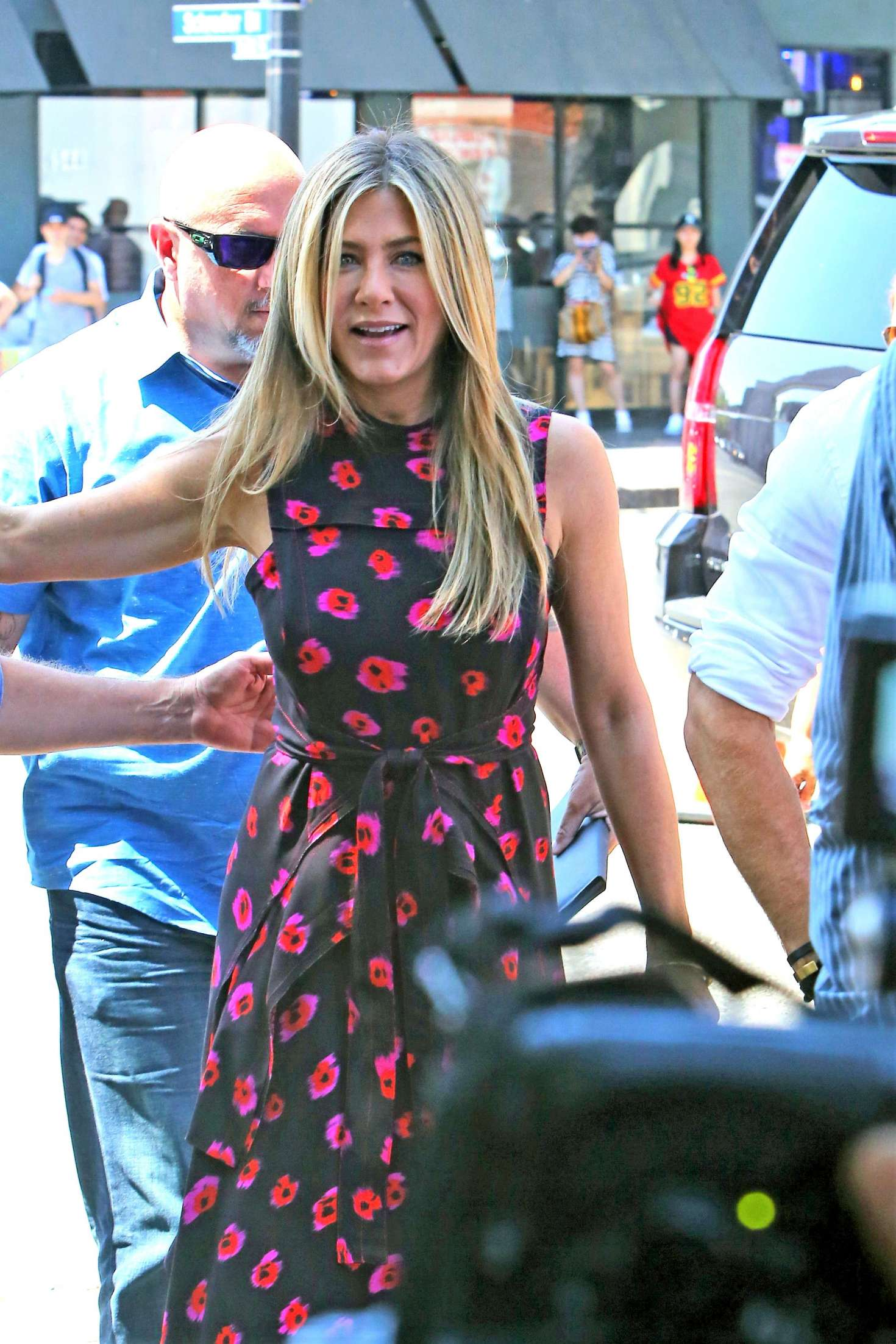 Jennifer Aniston – Jason Bateman Hollywood Walk Of Fame Ceremony in Hollywood   Jennifer-Aniston:-Jason-Bateman-Hollywood-Walk-Of-Fame-Ceremony--53