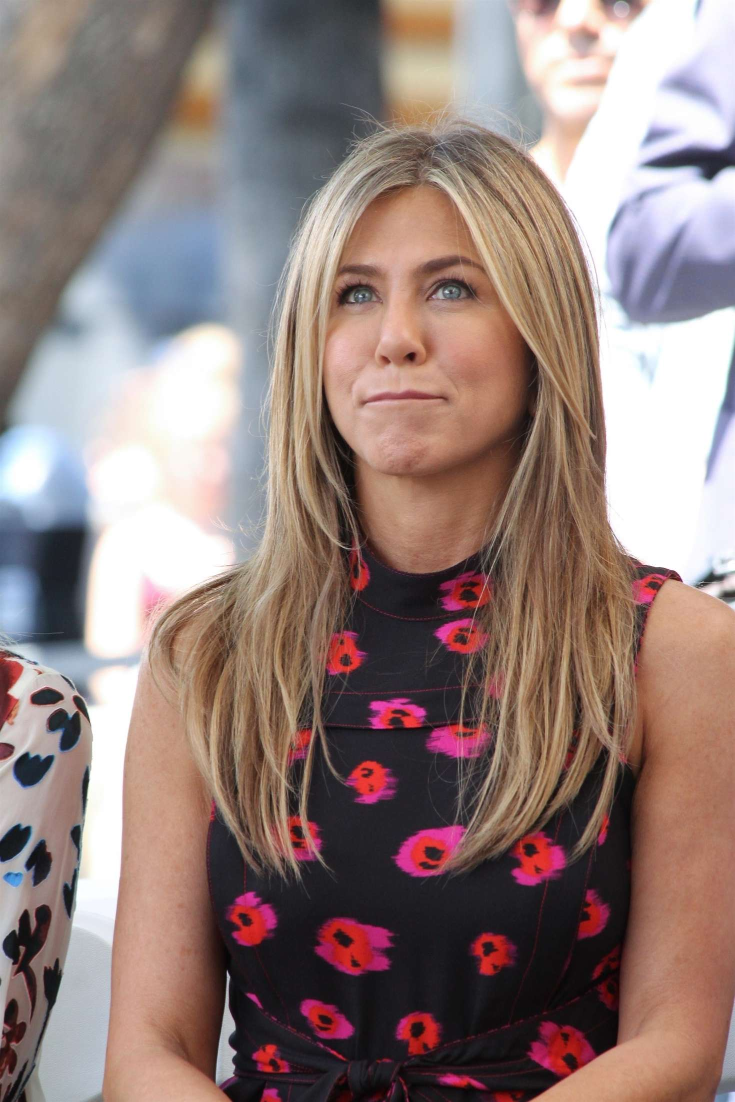 Jennifer Aniston – Jason Bateman Hollywood Walk Of Fame Ceremony in Hollywood   Jennifer-Aniston:-Jason-Bateman-Hollywood-Walk-Of-Fame-Ceremony--64