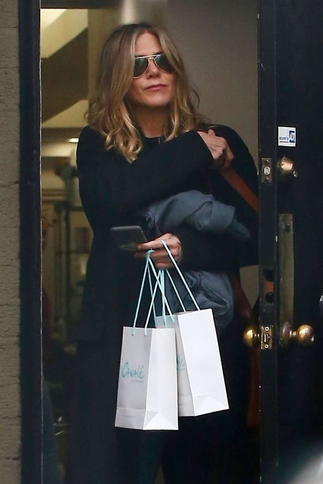 Jennifer Aniston - Leaves Canale Hair Salon in Beverly Hills