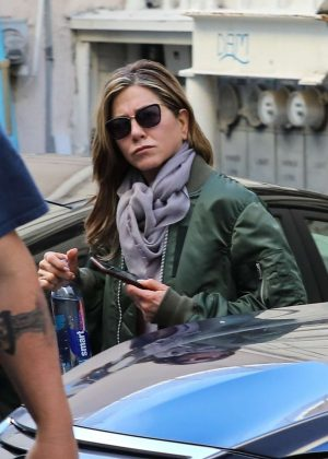 Jennifer Aniston - leaves skin care and nail salon in Beverly Hills