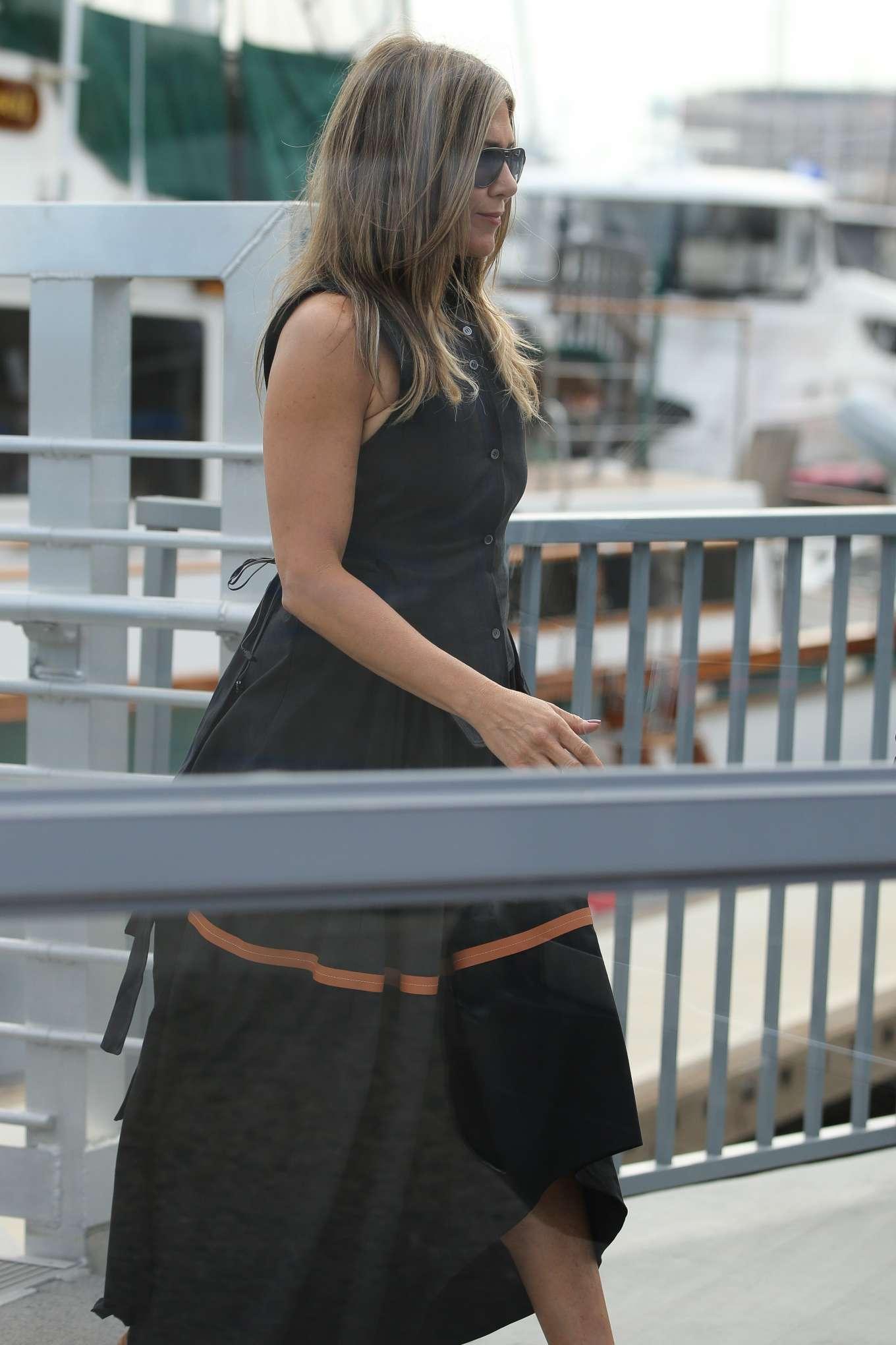 Jennifer Aniston - Leaving a yacht in Marina Del Rey