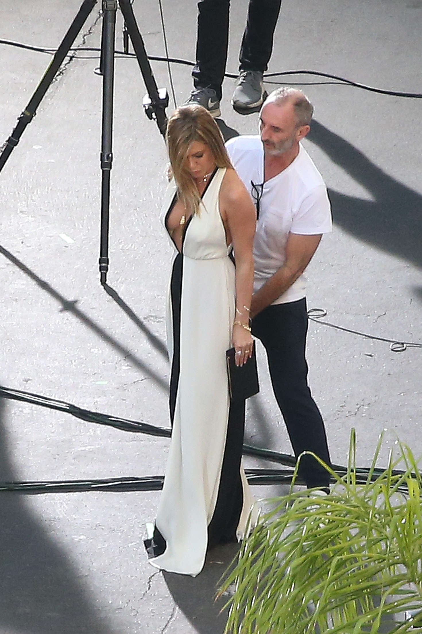 Jennifer Aniston on a photoshoot in Los Angeles   Jennifer-Aniston-on-a-photoshoot-in-Los-Angeles--03