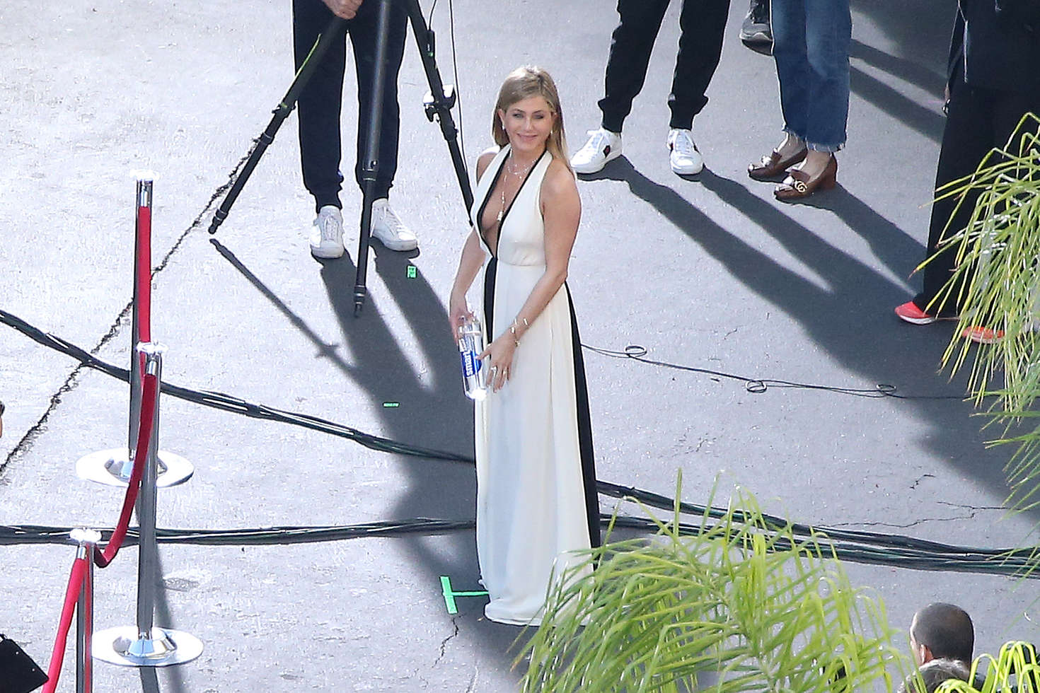 Jennifer Aniston on a photoshoot in Los Angeles   Jennifer-Aniston-on-a-photoshoot-in-Los-Angeles--04