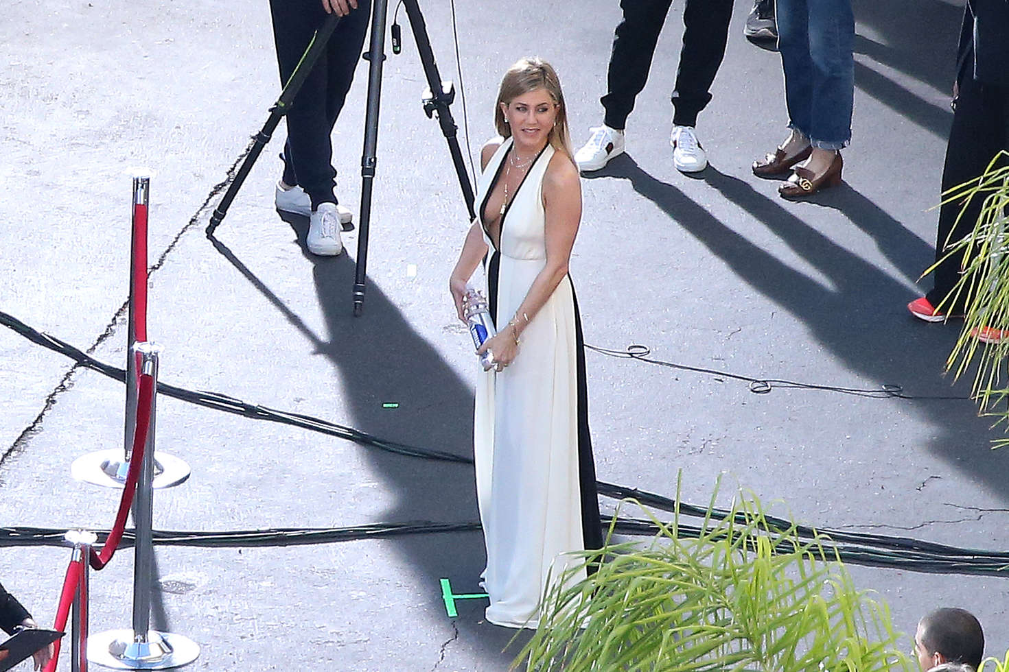 Jennifer Aniston on a photoshoot in Los Angeles   Jennifer-Aniston-on-a-photoshoot-in-Los-Angeles--05