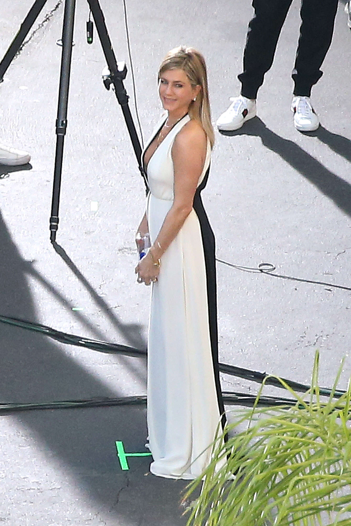 Jennifer Aniston on a photoshoot in Los Angeles   Jennifer-Aniston-on-a-photoshoot-in-Los-Angeles--12