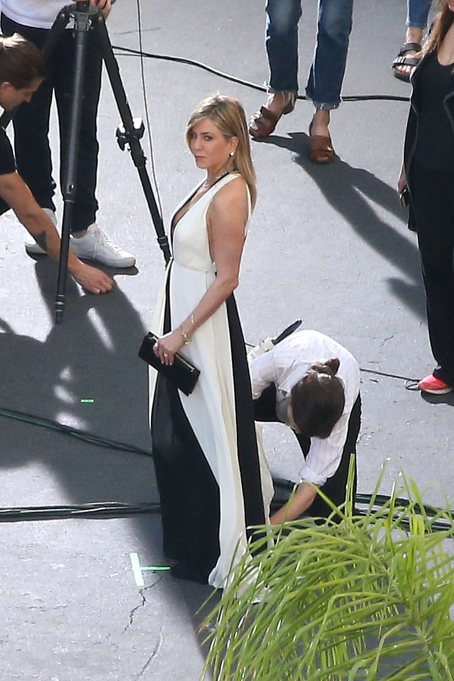 Jennifer Aniston on a photoshoot in Los Angeles   Jennifer-Aniston-on-a-photoshoot-in-Los-Angeles--13