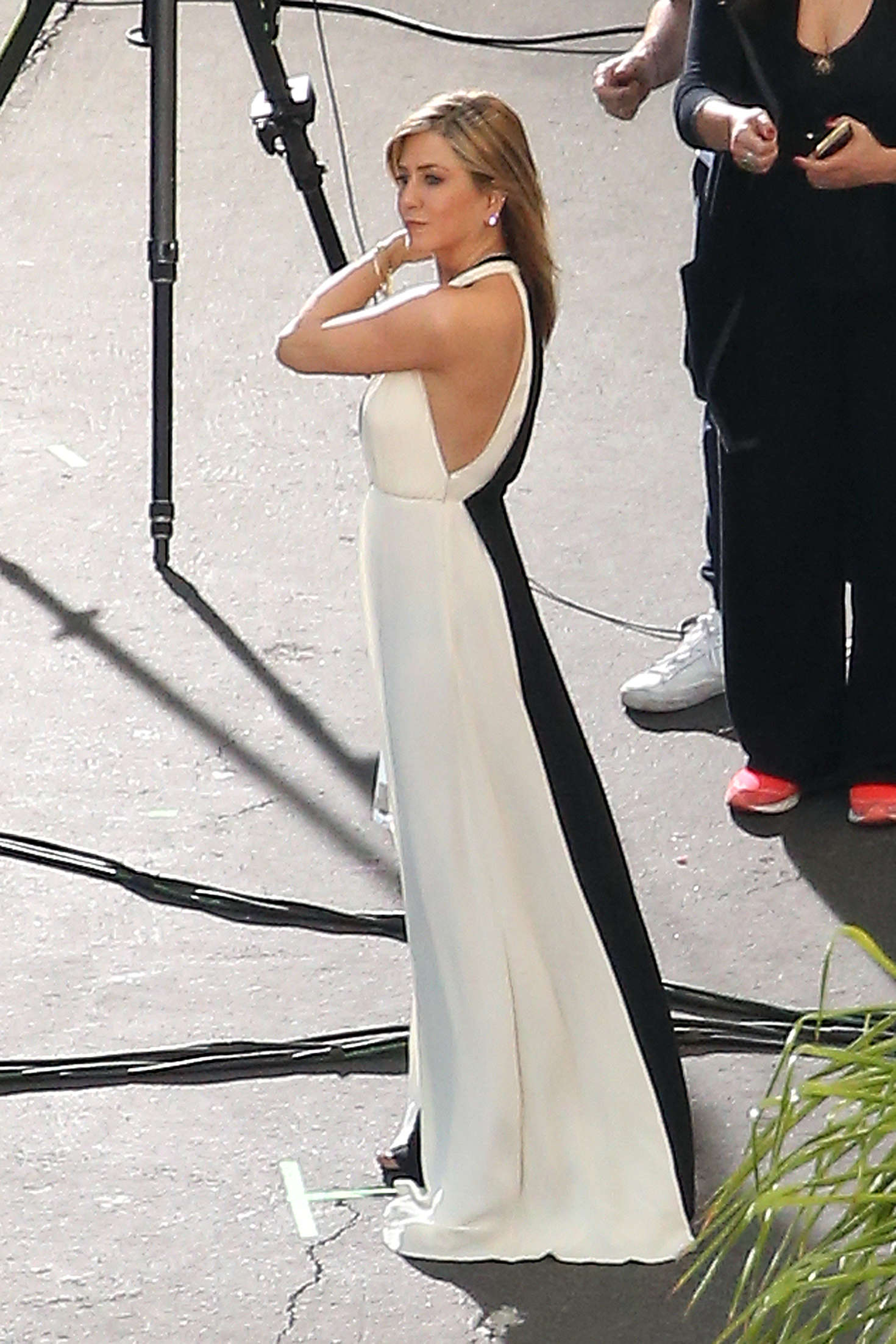 Jennifer Aniston on a photoshoot in Los Angeles   Jennifer-Aniston-on-a-photoshoot-in-Los-Angeles--18