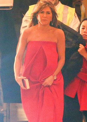 Jennifer Aniston - On the set of new TV show 'Top Of The Morning' in Los Angeles