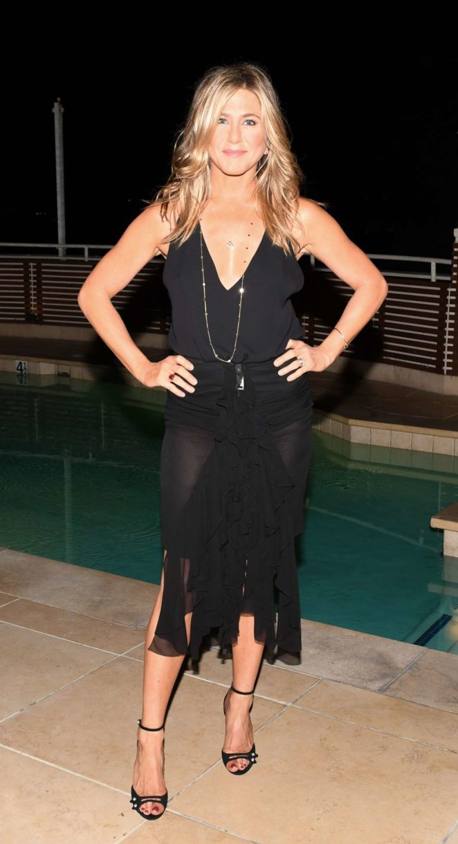 Jennifer Aniston - Tabitha Simmons by Jennifer Aniston dinner Sunset Tower in West Hollywood