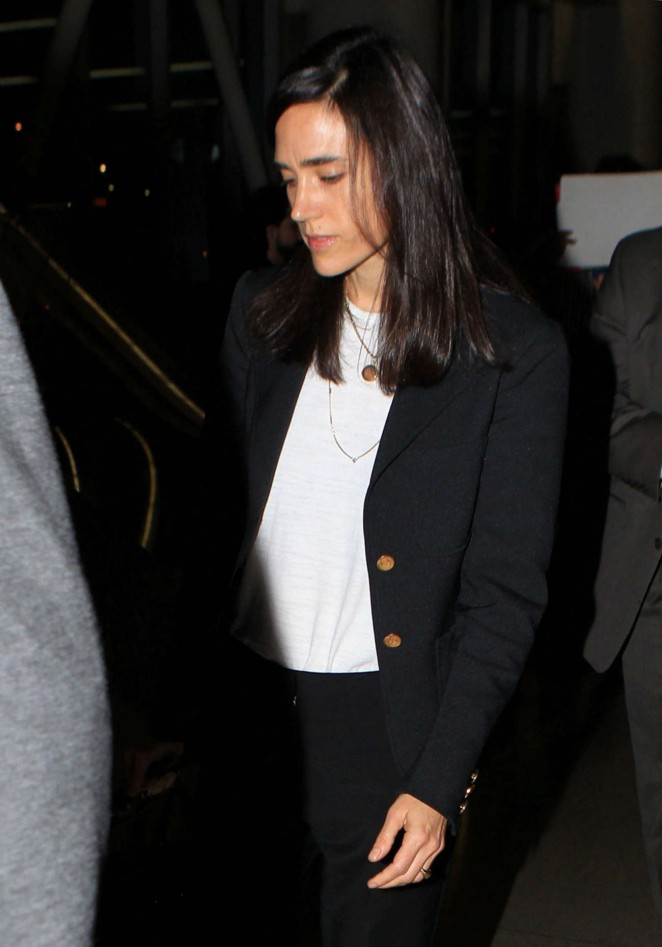 Jennifer Connelly - LAX Airport in LA