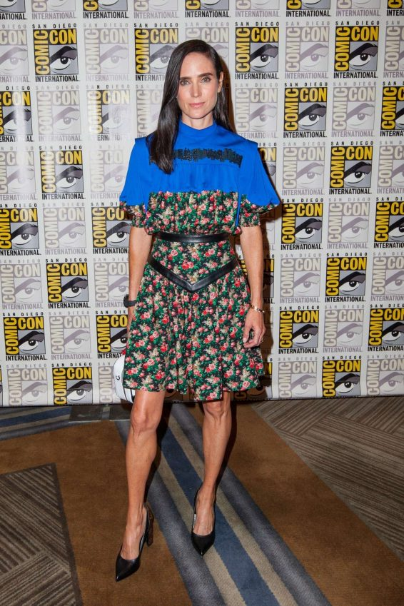 Jennifer Connelly 2019 : Jennifer Connelly – Snowpiercer Press Room at San Diego Comic Con 2019-04