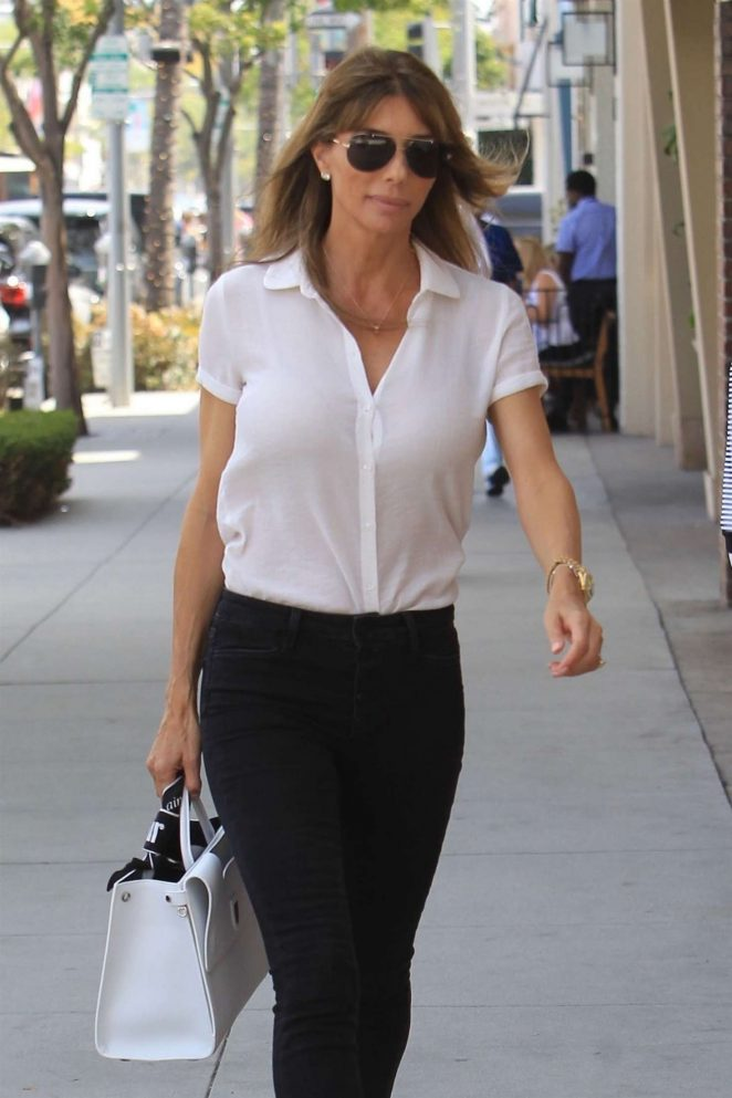 Jennifer Flavin - Out and about in Los Angeles
