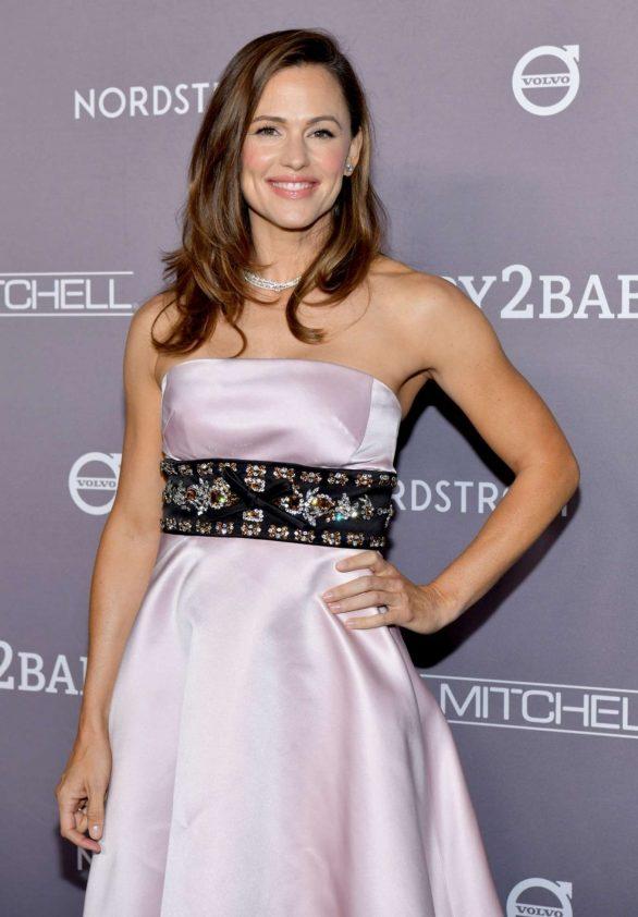 Jennifer Garner - 2019 Baby2Baby Gala in Los Angeles