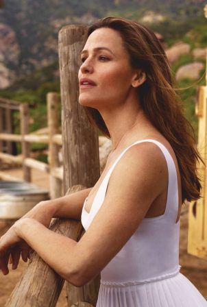 Jennifer Garner - Adweek (February 2021)