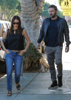 Jennifer Garner and Ben Affleck go to breakfast in Santa Monica