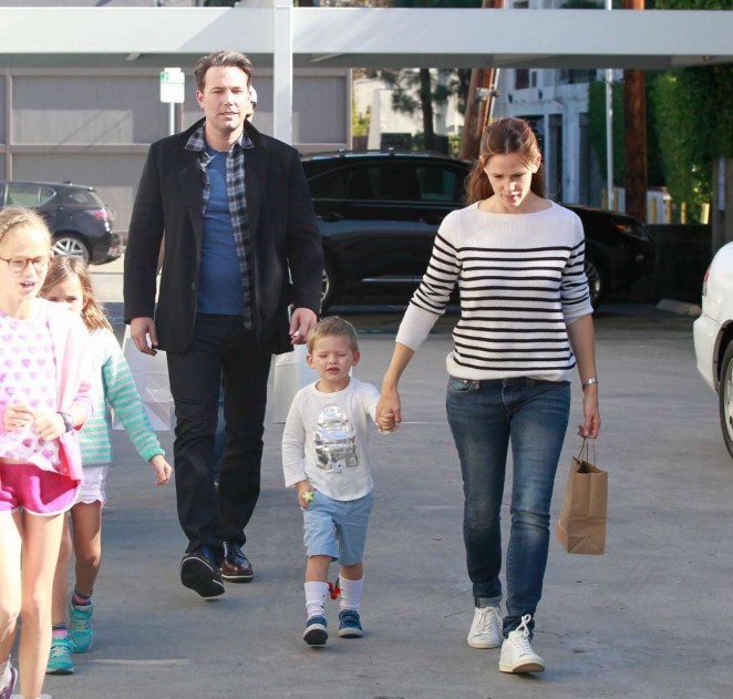 Jennifer Garner and Ben Affleck out in LA