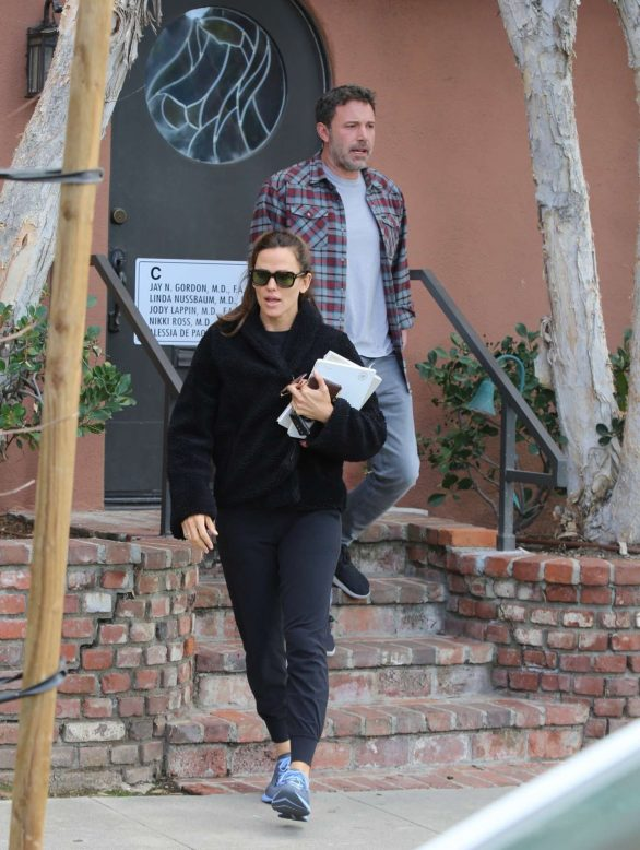 Jennifer Garner and Ben Affleck - Take Samuel to an appointment in Santa Monica