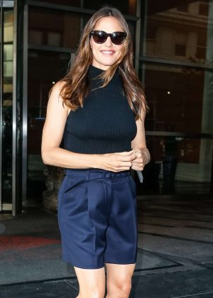 Jennifer Garner - Arrives at Good Morning America in NYC
