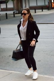 Jennifer Garner - Arrives at her hotel in NYC