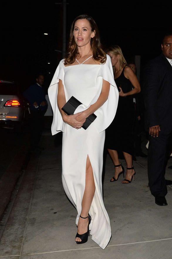 Jennifer Garner - Arrives to The Baby2Baby Gala in LA
