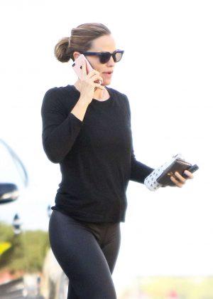Jennifer Garner Arriving at the gym in Brentwood