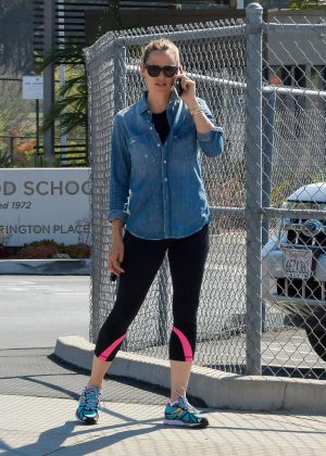 Jennifer Garner - Arriving at the gym in Brentwood