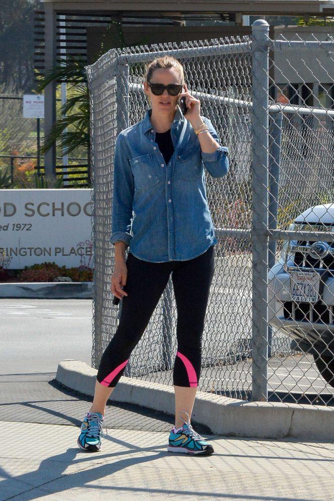Jennifer Garner - Arriving at the gym in Brentwood
