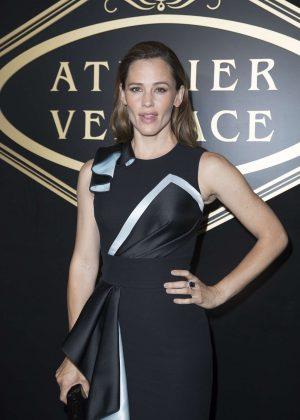 Jennifer Garner - Atelier Versace Fashion Haute-Couture F/W 2016/2017 in Paris