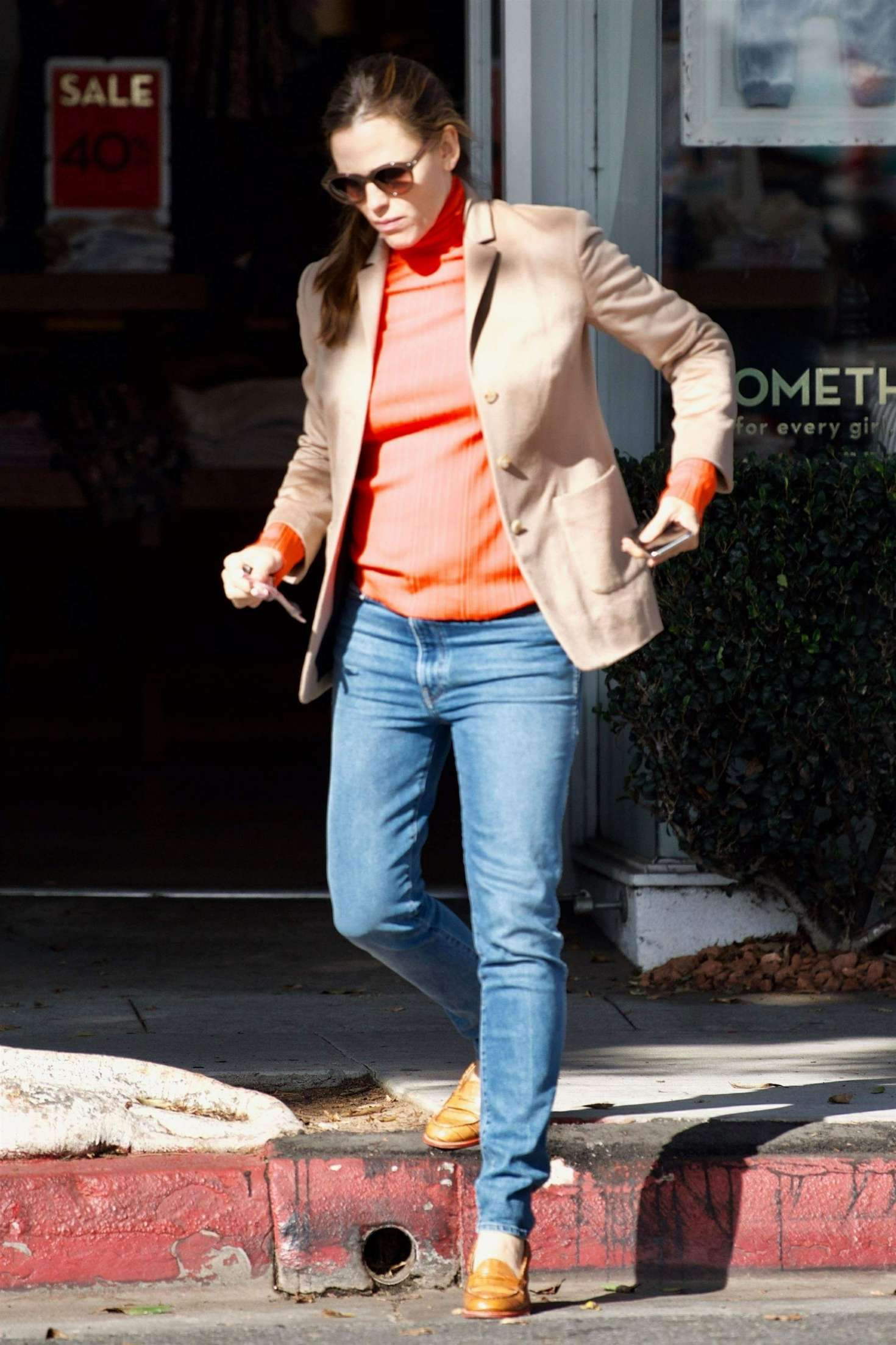 Jennifer Garner 2018 : Jennifer Garner: Christmas Shopping in Brentwood -07