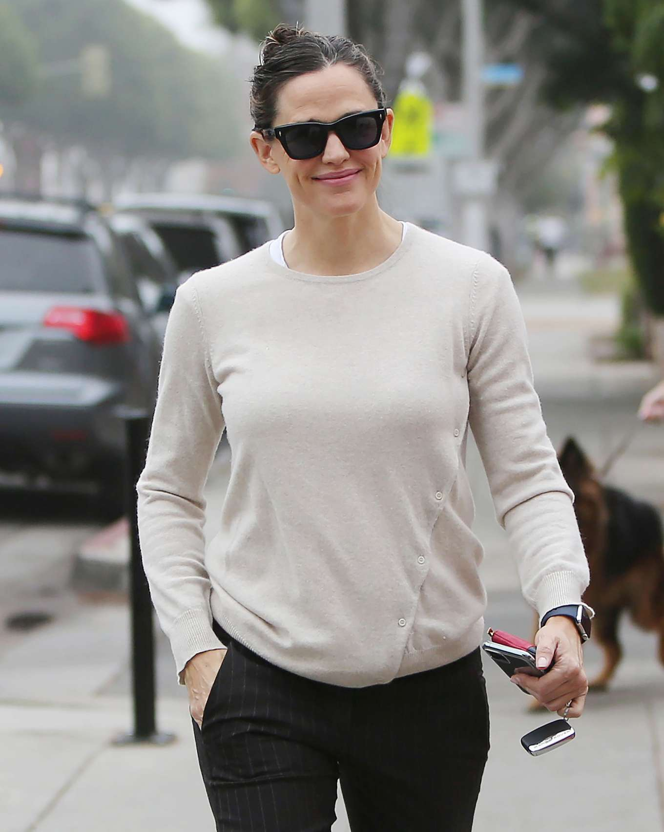 Jennifer Garner 2019 : Jennifer Garner – Goes for her coffee run in Santa Monica-03