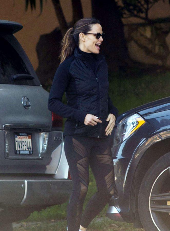 Jennifer Garner in Black Leggings - Out in Los Angeles
