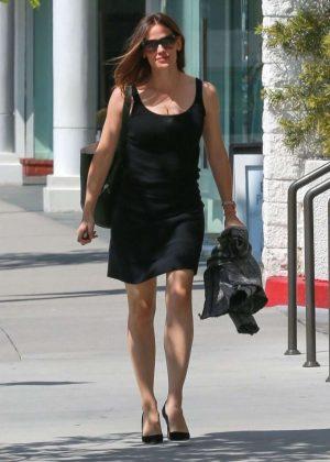 Jennifer Garner In Black Mini Dress Out In Los Angeles