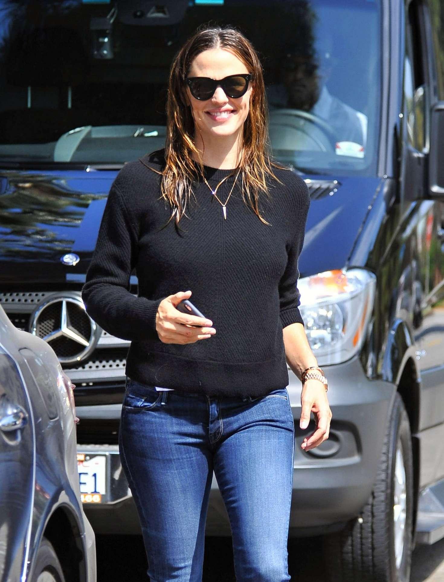 Jennifer Garner 2016 : Jennifer Garner Booty in Jeans -12