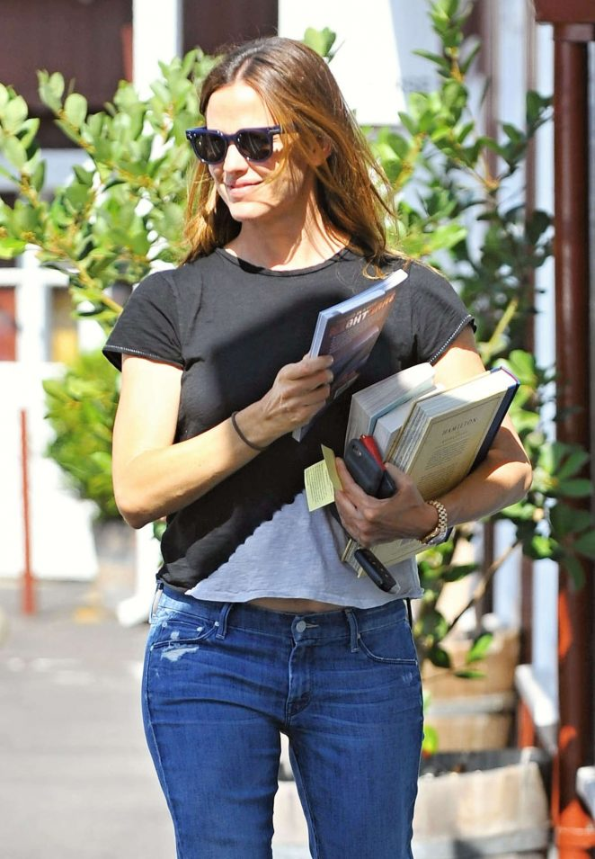 Jennifer Garner in Jeans out in Brentwood