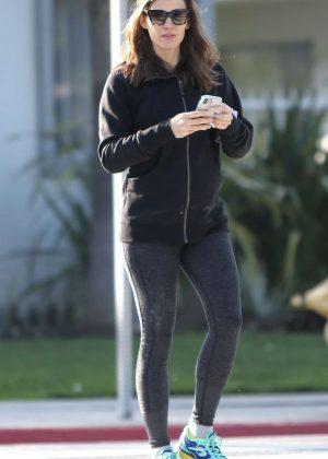 Jennifer Garner in Leggings - Out in Los Angeles